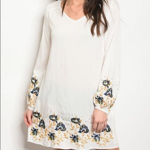 Dresses & Skirts - White Embroidered Tunic Dress
